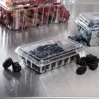 11 oz. Low-Profile Vented Clamshell Produce / Berry Container - 200/Case