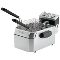 Waring WDF1500B 15 lb. Commercial Countertop Deep Fryer - 208V