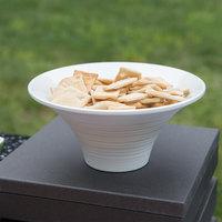 Vollrath V22171 30 oz. White Small Fluted Melamine Pedestal Bowl