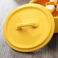 Bon Chef 1600005PYellow 5 inch Yellow Porcelain Oval Cocotte Lid - 36/Case