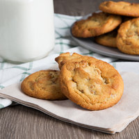 David's Cookies 1.5 oz. Preformed Peanut Butter with Peanut Butter Chips Cookie Dough - 20 lb.