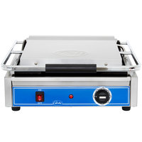 Globe GSG1410 Smooth Iron Top & Bottom Panini Sandwich Grill - 14 inch x 10 inch Cooking Surface - 120V, 1800W