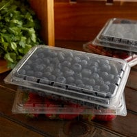 11 oz. Vented Clamshell Produce / Berry Container   - 376/Case