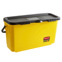 Rubbermaid 1791802 HYGEN Yellow Microfiber Charging Bucket with Sieve for 18 inch Mop Pads