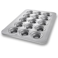 Chicago Metallic 45435 15 Cup Glazed Oversized Large Crown Muffin Pan - 17 7/8 inch x 25 7/8 inch