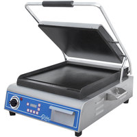 Globe GSG14D Deluxe Sandwich Grill with Smooth Plates - 14 inch x 14 inch Cooking Surface - 120V, 1800W