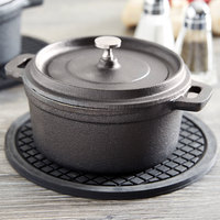 American Metalcraft CIPR5500 17 oz. Pre-Seasoned Mini Cast Iron Pot with Lid