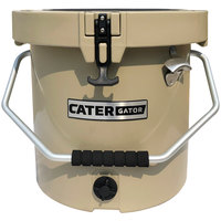 CaterGator CCG20B Beige 20 Qt. Round Rotomolded Extreme Outdoor Cooler / Ice Chest