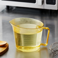 Cambro 200MCH150 2 Qt. High Heat Amber Measuring Cup