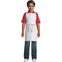 Uncommon Threads 3007 White Customizable Youth Bib Apron with 2 Pockets - 25 inchL x 20 inchW