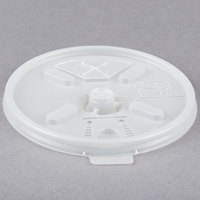 Dart 16FTLS Translucent Lift'n'Lock Lid with Straw Slot - 100/Pack