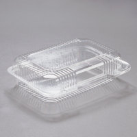 Dart PET32UT1 StayLock 9 3/8 inch x 6 3/4 inch x 2 5/8 inch Clear Hinged PET Plastic Medium Dome Oblong Container - 250/Case
