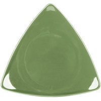 CAC TRG-23GRE Festiware Triangle Flat Plate 12 1/2 inch - Green - 12/Case