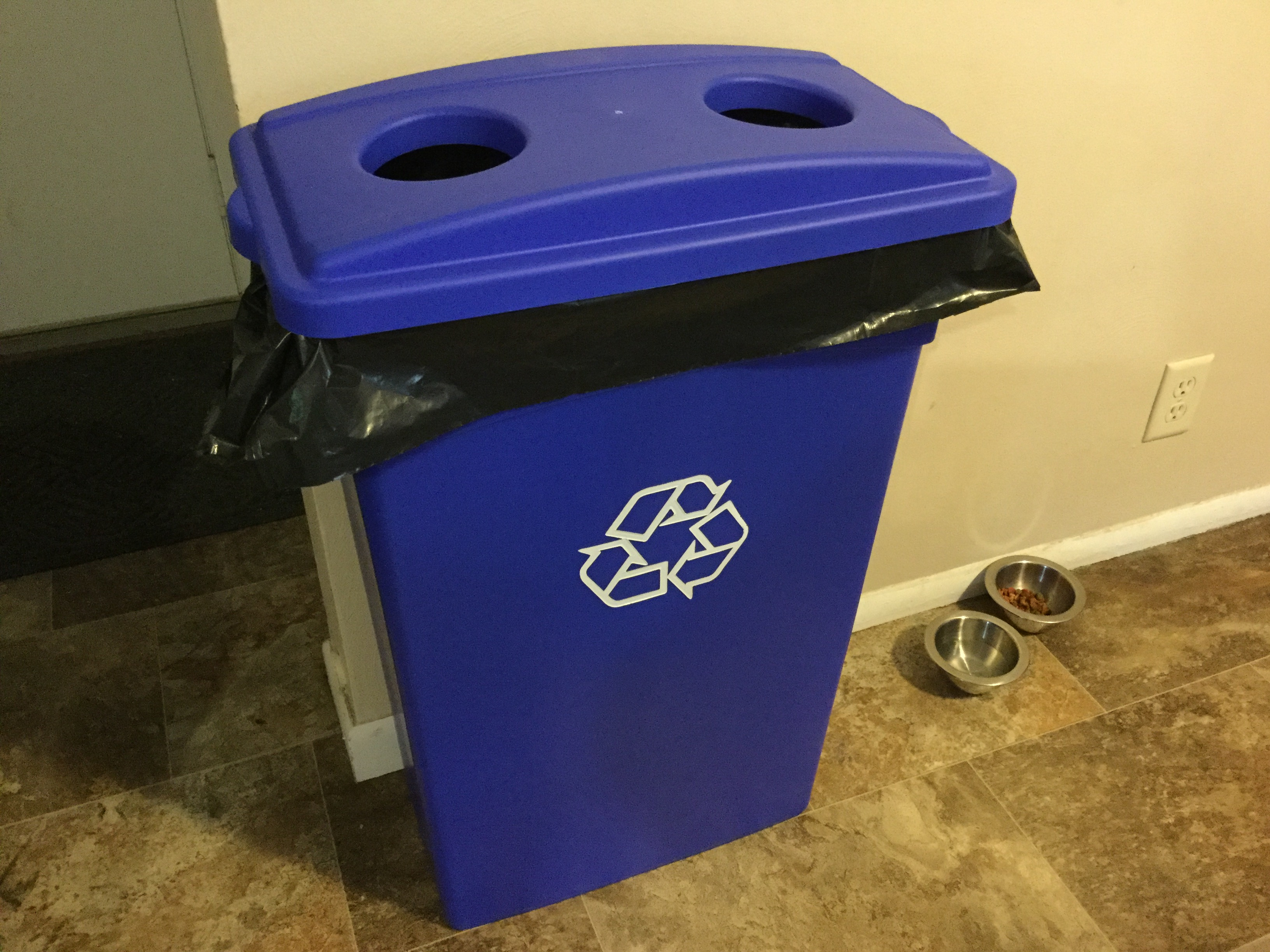 Continental 23 Gallon Blue Wall Hugger Recycling Bin and Lid with Holes Set