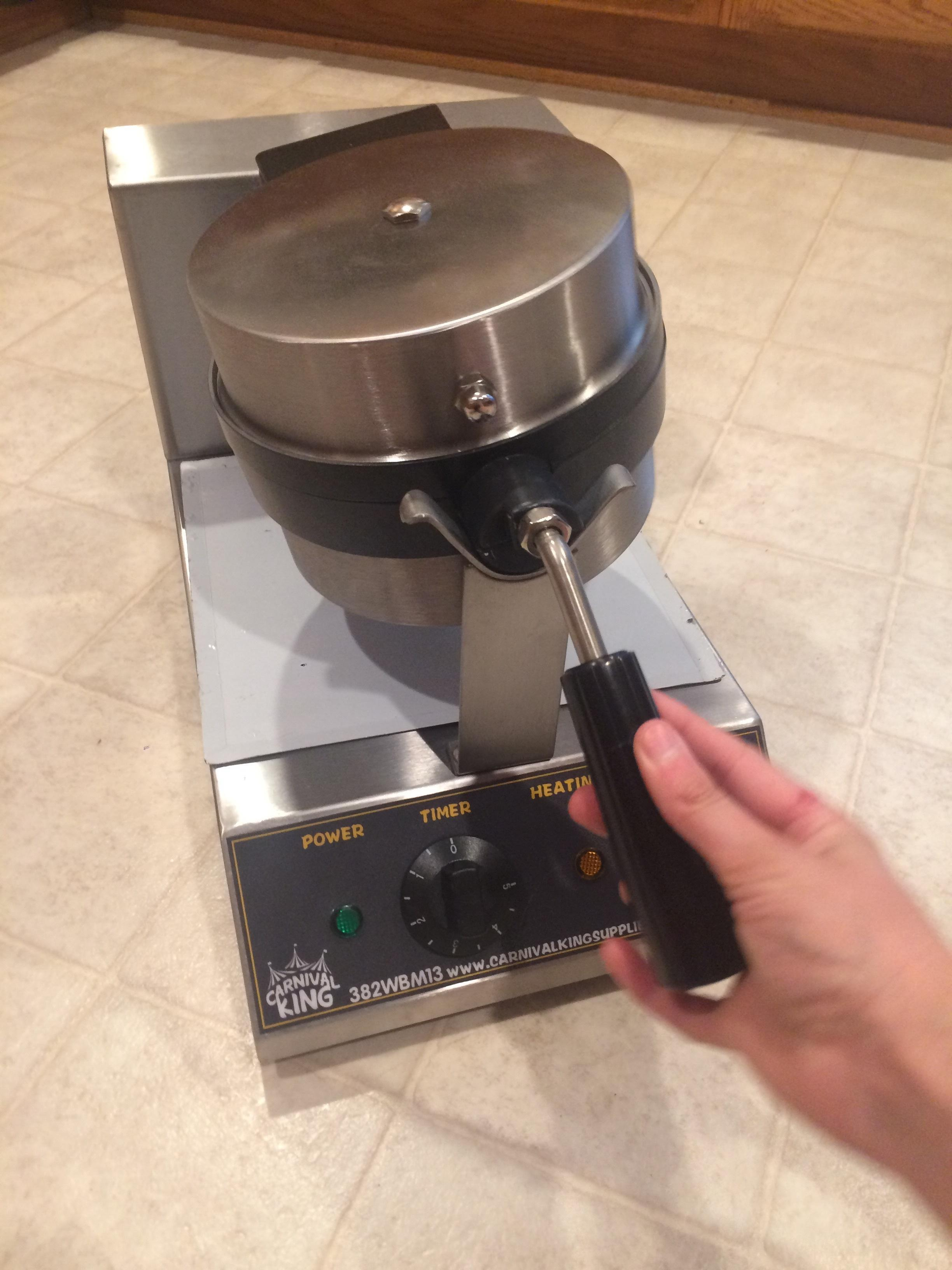 Carnival King Wbm13 Non Stick Belgian Waffle Maker With Timer 120v Electric Schematic Jam And Jelly Diagram Image