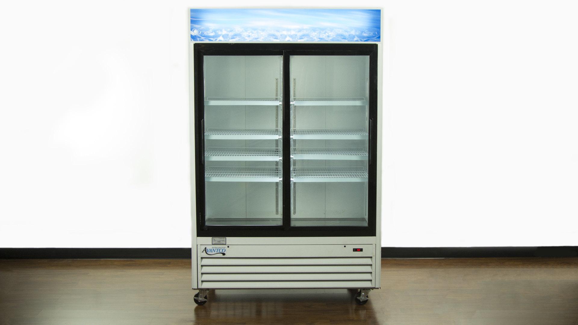 Avantco Sliding Glass Door Merchandiser Refrigerator ...