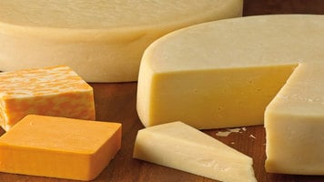 Associated Milk Producers Inc.: How Cheese is Made