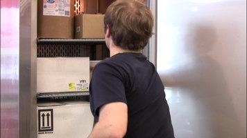 Features of the Avantco CFD 1FF Single Door Reach In Freezer