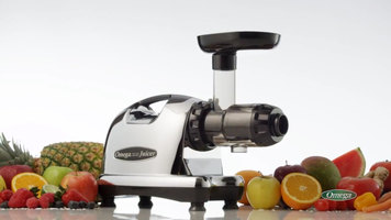 Omega 8006 Masticating Juice Extractor