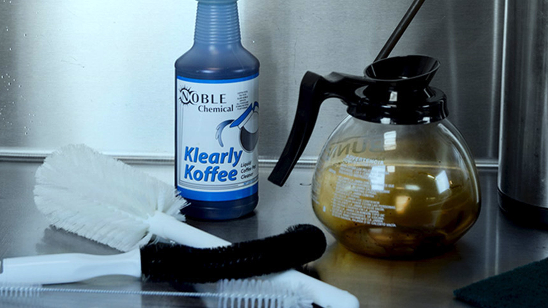 Coffee Pot Stains Cleaning : How to Clean a Coffee Pot