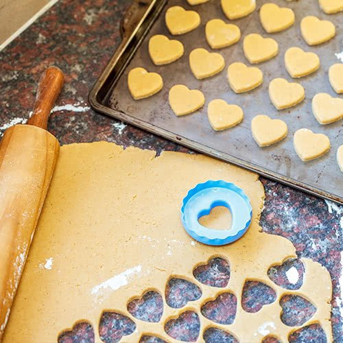 how to get cookie sheets clean
