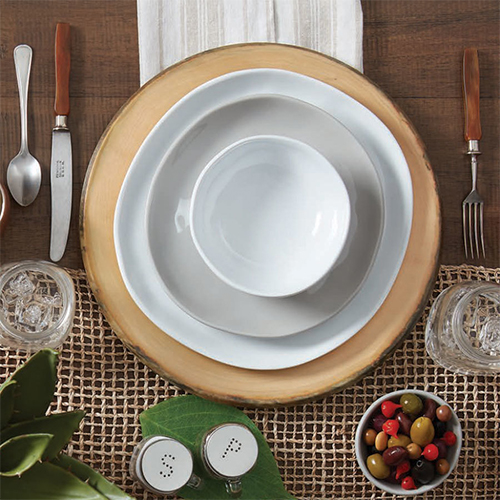 Melamine Plates & Everything You Need to Know About Melamine Dinnerware
