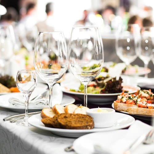 How to Set Your Table for a Formal Dinner - The Spruce