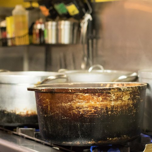 How To Clean Stainless Steel Pans In 5 Easy Steps