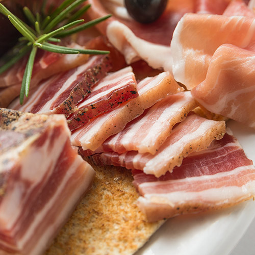 Prosciutto Vs Pancetta What S The Difference