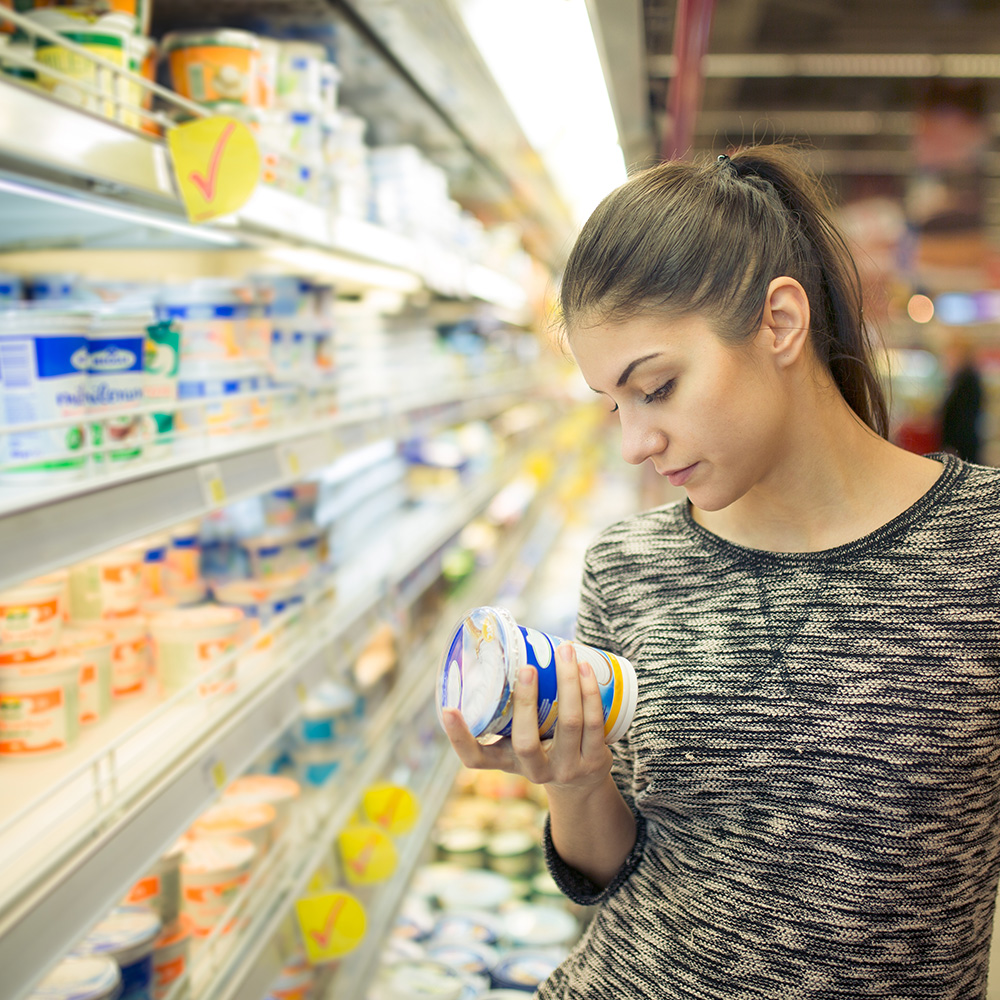 checking food labels for allergies