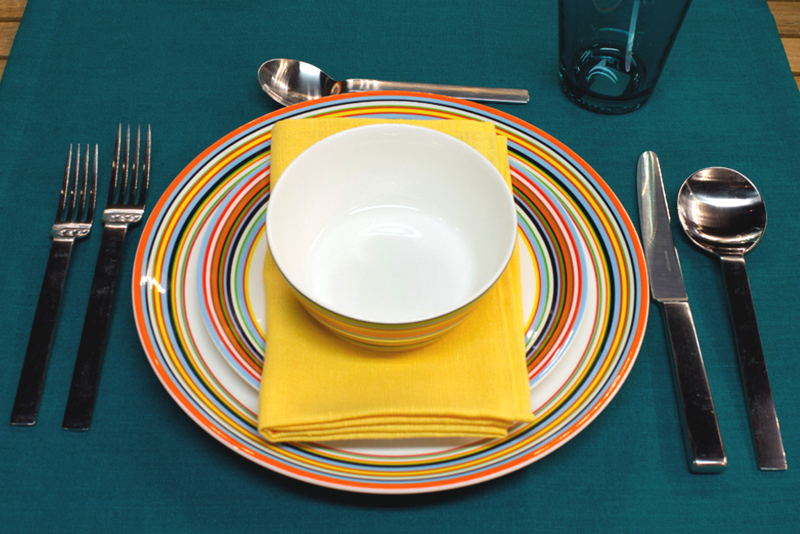 Dinnerware Style Comparison