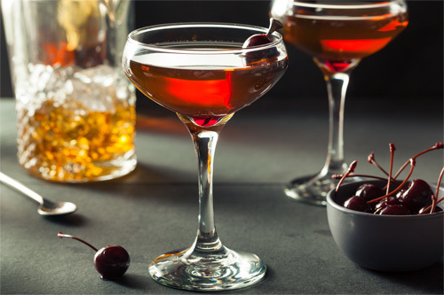 Manhattan Drink Recipe 4 Steps For A Manhattan Cocktail